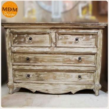Mueble 4 cajones madera clara