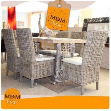 Conjunto mesas y sillas trenzadas