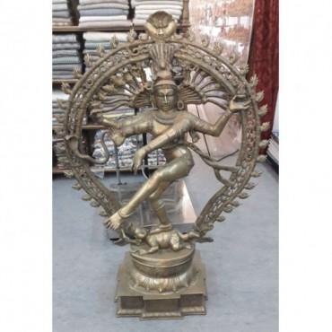 Figura de dios en metal