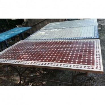 Mesas de jardín de forja y cerámica