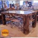 Mesa de madera patas cuadradas